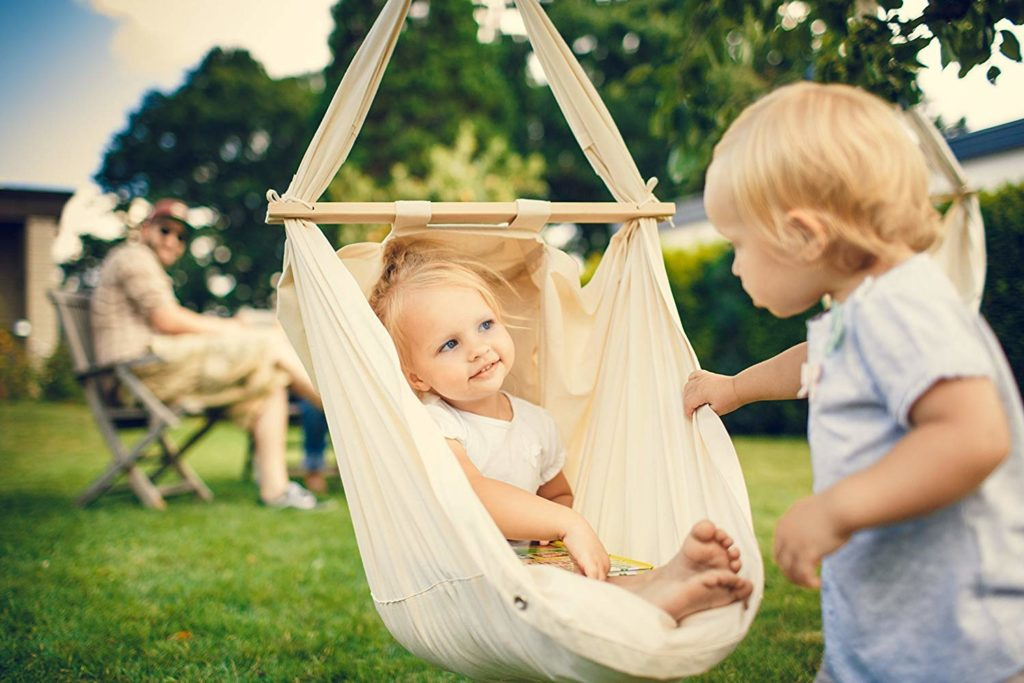 Baby Hängematte mit Kind